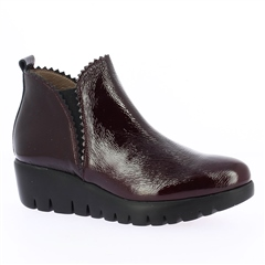 Wonders Patent Wedged Ankle Boots - Wine