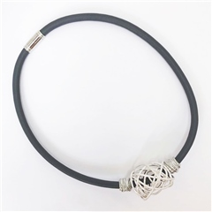 Etnika Handmade Mesh Knot Magnetic Necklace - Grey