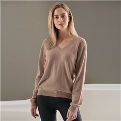 Brodie 100% Cashmere Classic V-Neck Jumper - Organic Light Brown