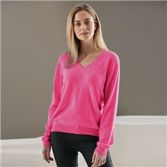 Brodie 100% Cashmere Classic V-Neck Jumper - Soft Berry