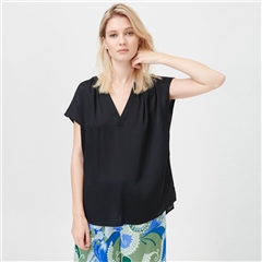 Dea Kudibal 'Ann' Stretch Silk Top - Black