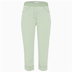 Brax 'Pamona' Pull-On Capri Jeans - Lime