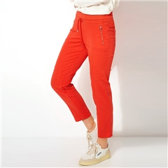 Toni 'Sue' Zip Pocket Pull On 7/8th Jog Pants - Red