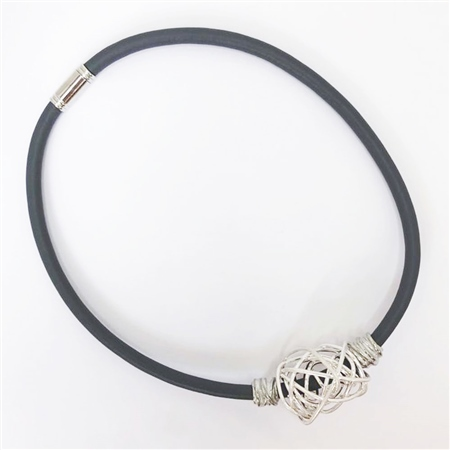 Etnika Handmade Mesh Knot Magnetic Necklace - Grey