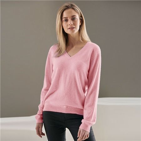 Brodie 100% Cashmere Classic V-Neck Jumper - Cherry Blossom  - Click to view a larger image